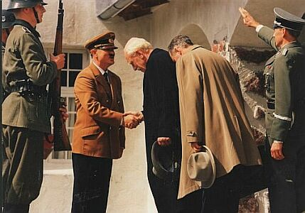 Knut Hamsun bowing before Hitler, from the move with Mark Von sydow