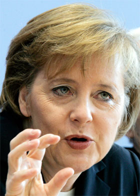 Angela Merkel joins the political campaign to legalize Hizbullah