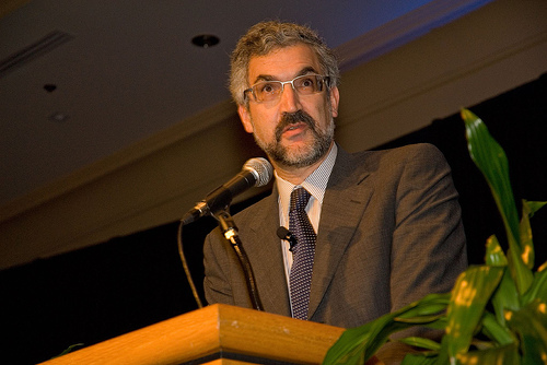 Daniel Pipes tells the truth about the Arabs lying about the Jewish people.