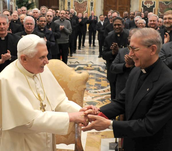 Adolfo Nicolas is the new Superior General of the Jesuits Roman Catholic. Here together with the «White Pope».