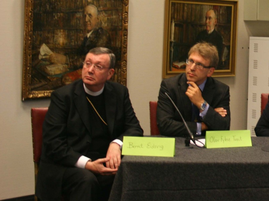 Catholic Bishop of Oslo Bernt Eidsvig and General Secretary Olav Fykse Tweit in WCC.