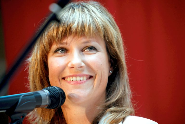 White magic and a smile will not take anyone to Heaven. Not even princes Märtha Louise.