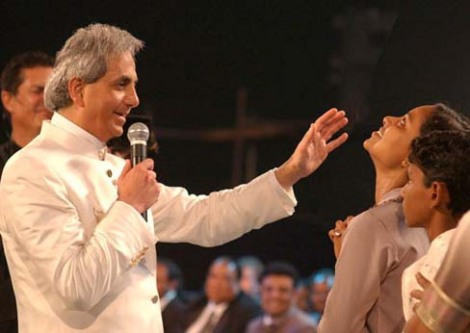 Benny Hinn on a miracle cruaide in India