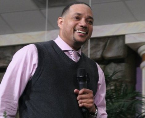 A preacher of the prosperity gospel died of an overdose of drugs on a Manhattan Hotel.
