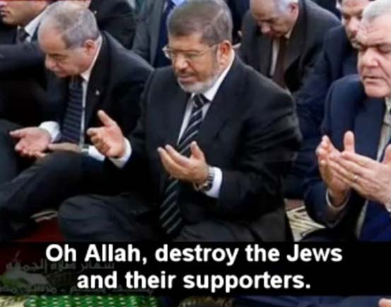 Muhammad Morsi prays in a Mosque for the destruction of all Jews.