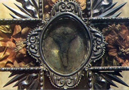 This is the claimed heart of Clair, that was supposed to have been cut out of the corpse 400 years after her death.