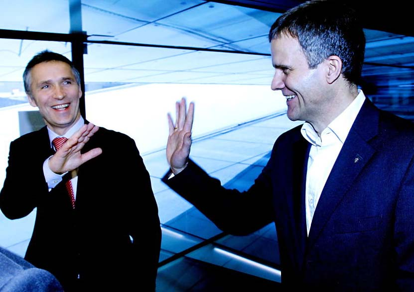 Norwegian PM Jens Stoltenberg and Statoil CEO Helge Lund mints billions in Algeria.