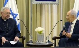 Israeli president Simeon Peres with Bishop