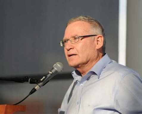 Major General (res) Amos Yadlin warns that an joint US-Israeli attack on Iran is imminent.