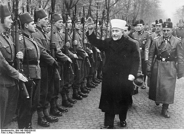 Al-Husseini inspect a Nazi brigade in Bosnia, getting ready to liberate Jerusalem.
