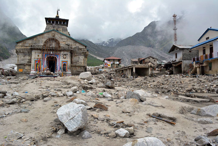 May be as many as 1000 hindu Pilgrims may have perished around this Temple.