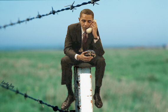 Obama found it very difficult to communicate with Washington, due to a Chinese hacker of his phone.