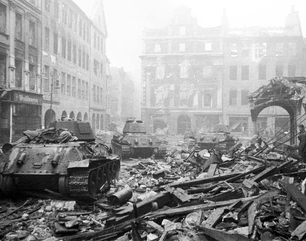 Berlin 1945. The wars of the end game started with a Holocaust against Jews.