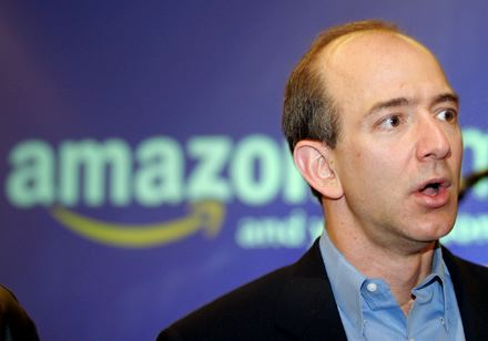 Jeff Bezos wil turn Washington Post into a puppet for the US Government.