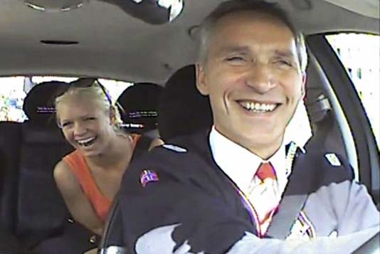 "The Norwegian Pm Stoltenberg paid people to join an election stunt, the PM being a ""taxi driver""."