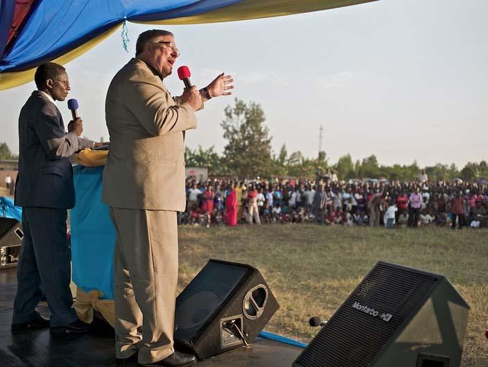 Rwanda has better discernment than America. Few people came and listen to Warren.