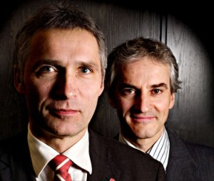 Outgoing PM Stoltenberg and ex-Foreign Minister Garh Støre.