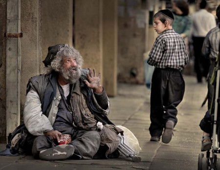 One of many beggars who struggle to survive inside the state of Israel.