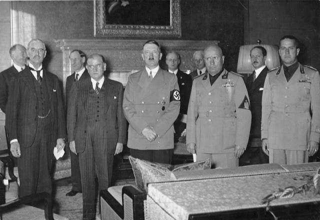 "They all agreed on ""peace"". Chamberlaine, Frence Foreign Secretary, Mussolini and Hitler."