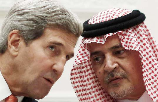 ‪US Secretary of State John Kerry and Saudi Foreign Minister Prince Saud al-Faisal talk during a joint press conference in Riyadh. Photo: AFP‬