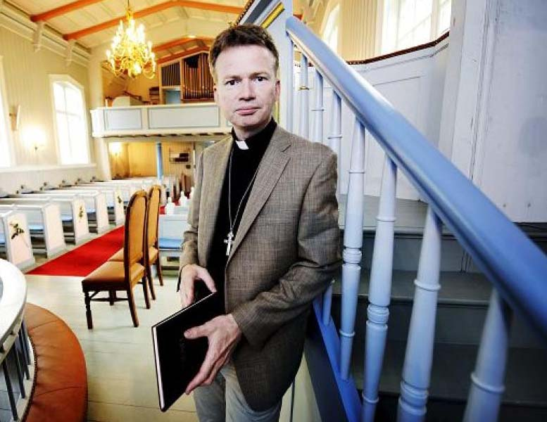 Leader Øystein Magelssen YMCA submitt to the Islamic narrative to Middle East history.