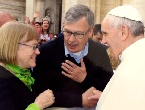 Ulf Ekman admits he spiritually converted to Catholicism in 1998.  Here together with wife and the Pope.