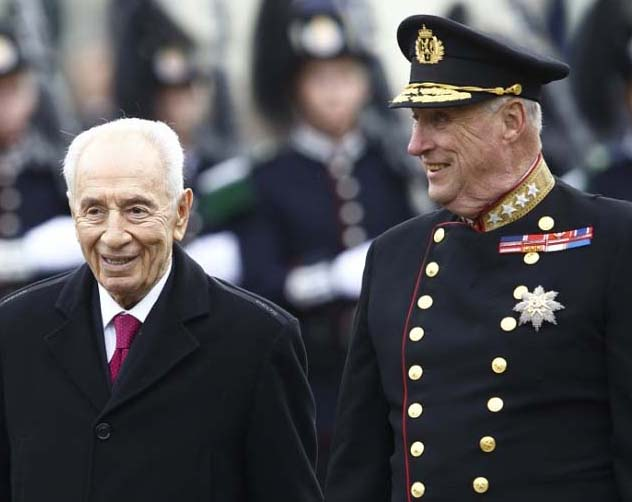 Shimon Peres was a guest of the king of Norway, 12th of May 20014.