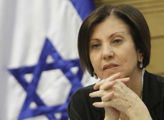 Zahava Gal-On accuse Netanyahu of giving Hamas the victory.
