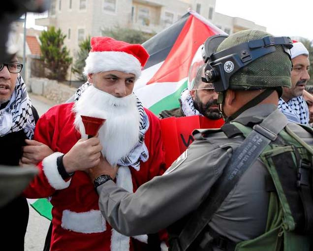 "Muslims dressed like ""santa's"" provoce Israeli solders to action."