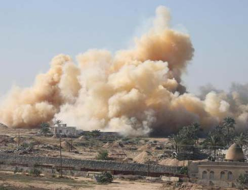 The Egyptian military forces demolish all houses close to the Gaza border.