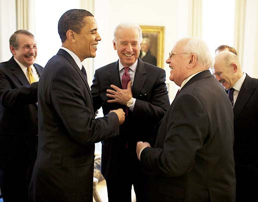Michael Gorbatchev and Barack Hussein Obama in better days. Now Gorbatchev warns that war is looming.