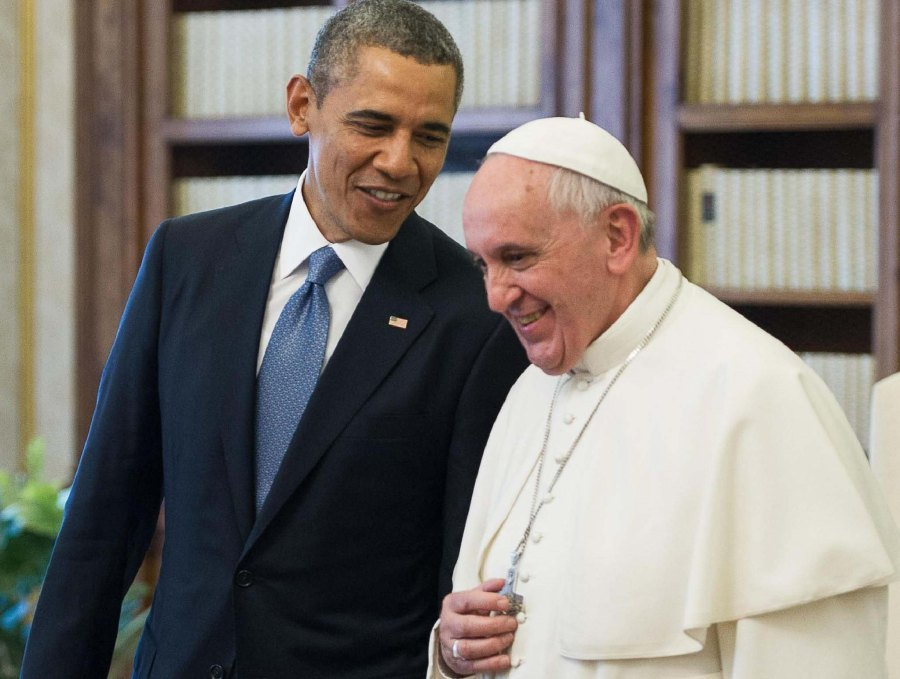 Obama use the violent past of the Papacy, to justify the present violence of Muslims.