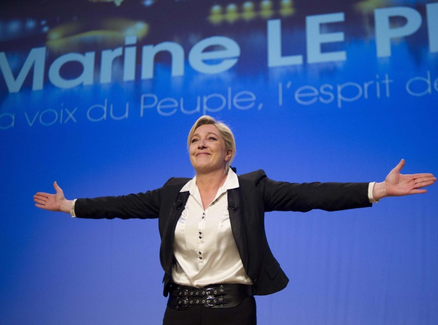 More and more voters in France call for a timely governance of Marine Len Pen.