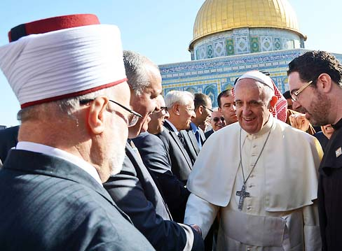 The Pope hope to liberate Jerusalem from the Zionists, and reign from the Temple Mount.