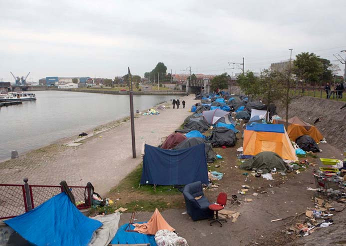 They live in tents, as no Muslims offered them shelter. No mosque gave them rest on their way to London.