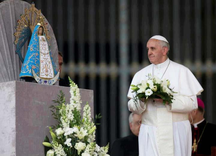 The Pope honor a pagan godess, and claim she is the mother of the Messiah.