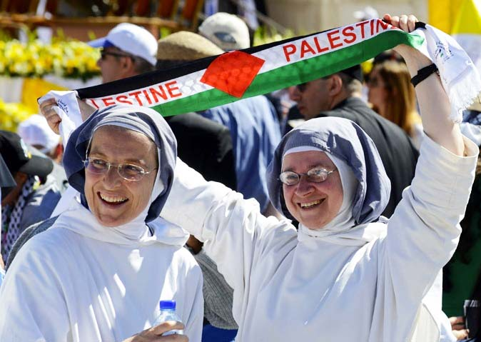 Roman Catholic nuns honor lawlessness, the PLO and islam.