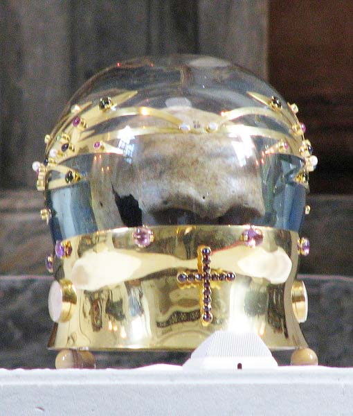 The claimed skull of Luke is kept inside glass and gold.