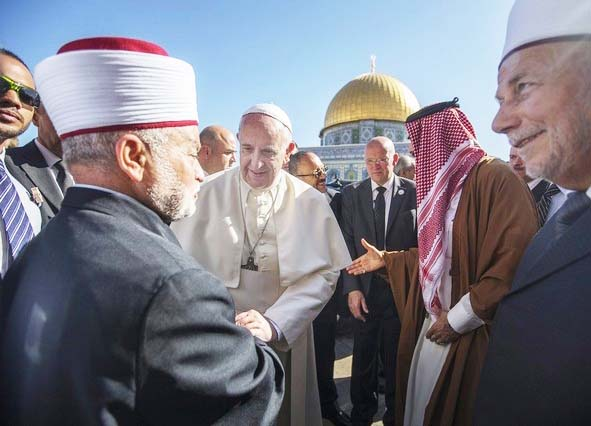 The Grand Mufti of Jerusalem and the Pope are in agreement that the Temple Mount is occupied, and a