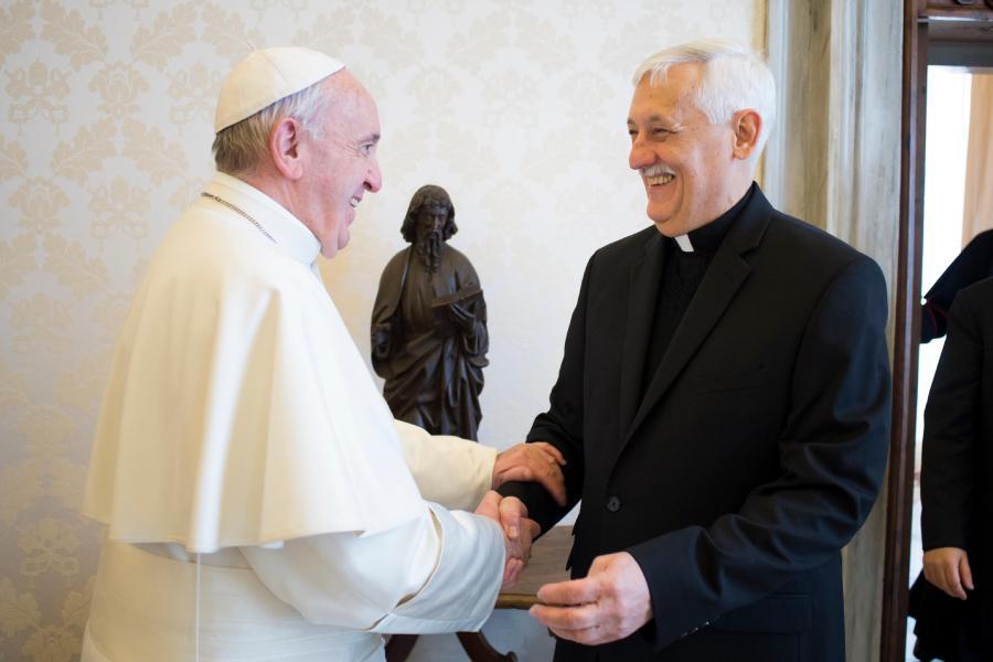 POPE ITALIAN JESUIT MAGAZINE